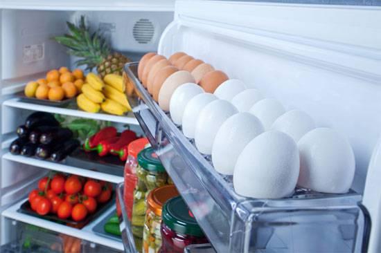 Không nên để đồ ăn quá lâu trong tủ lạnh