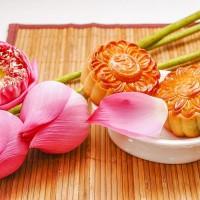 Bánh trung thu thập cẩm truyền thống