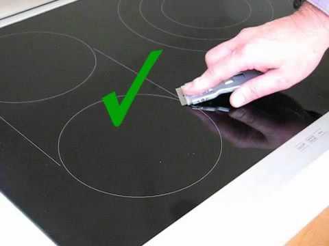 Cách vệ sinh mặt kính bếp từ Teka hiệu quả nhất