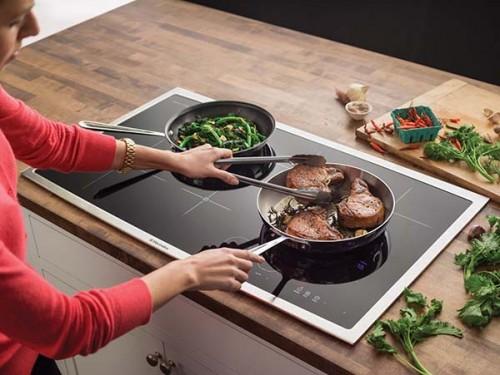 cách dùng bếp điện kết hợp bếp từ Teka