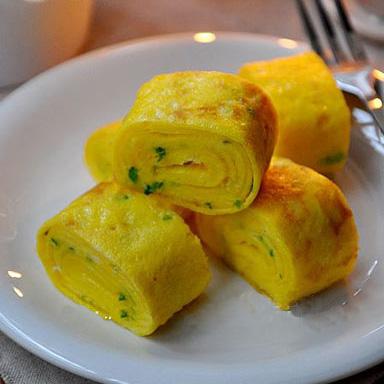 Làm trứng rán bằng lò vi sóng